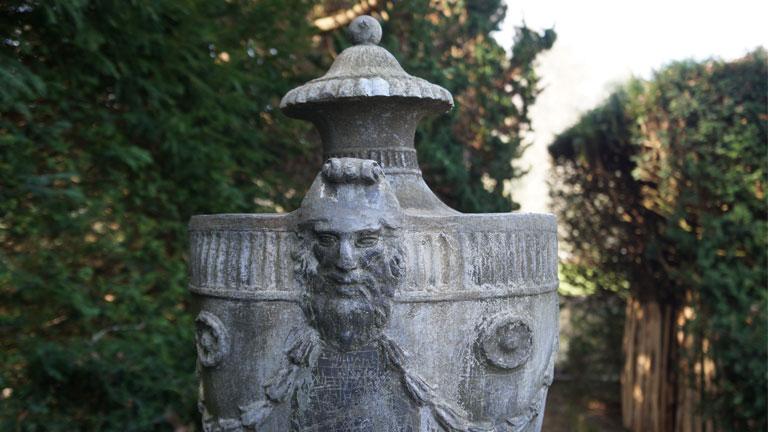 George III lead urn