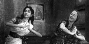 Imogen Holst (right). Photo: Dartington Archive