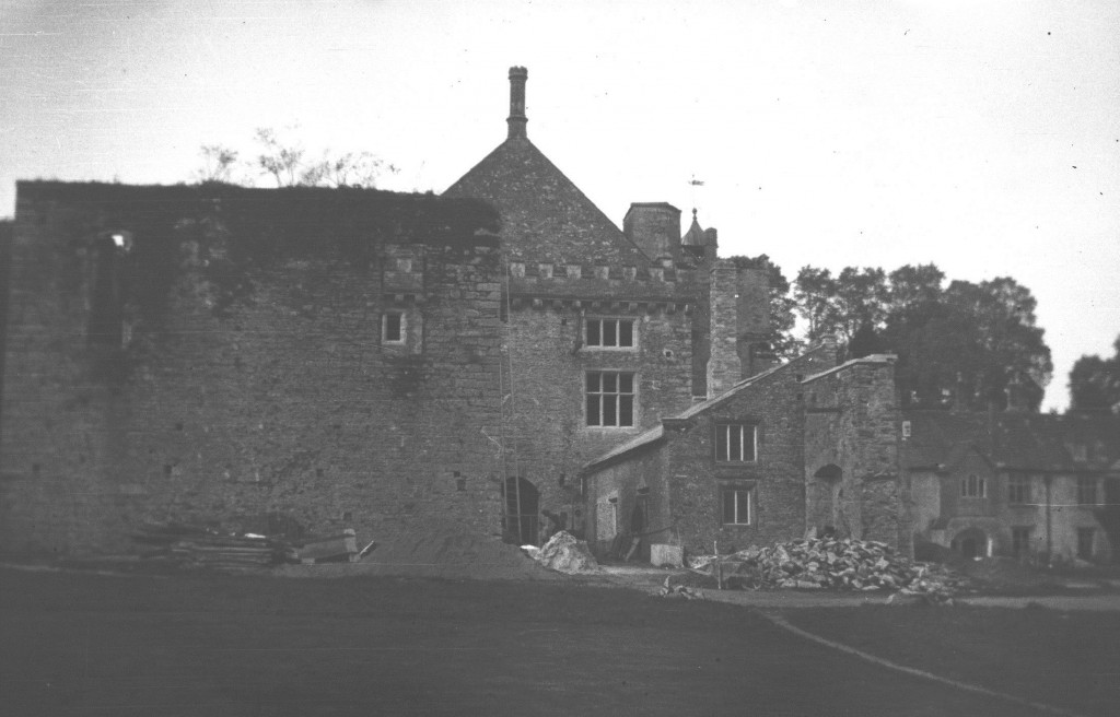 Reconstruction of the old kitchen and conversion of the Champernowne laundry (now the White Hart). Photo (c) Dartington Archive