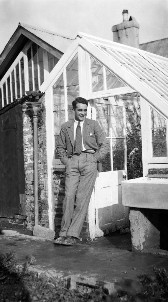 Roger Morel. Photo George Bennett, Dartington Archive