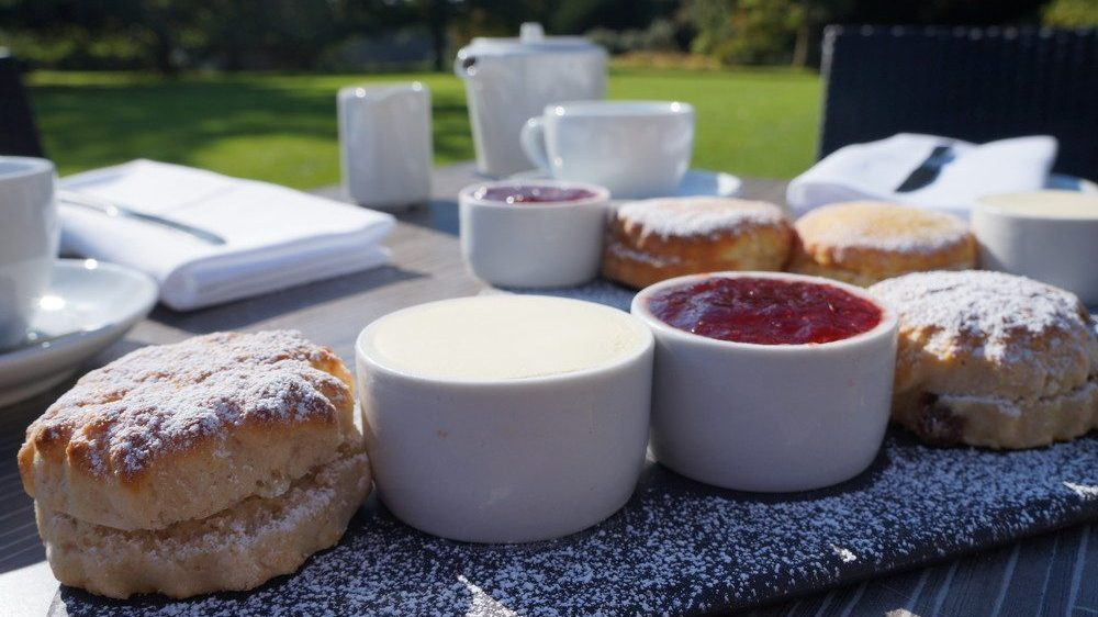 Cream teas at the White Hart