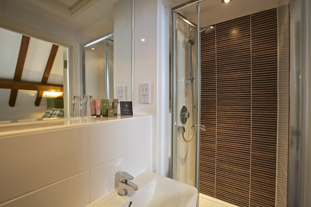 Single Ensuite (West Wing)