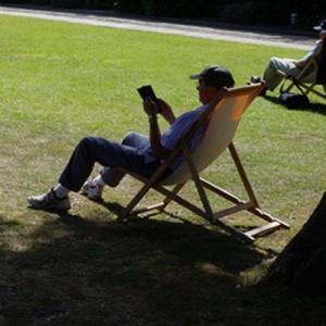 deckchair reading