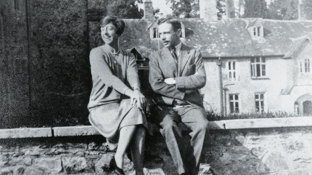 Archive image of Dorothy and Leonard Elmhirst