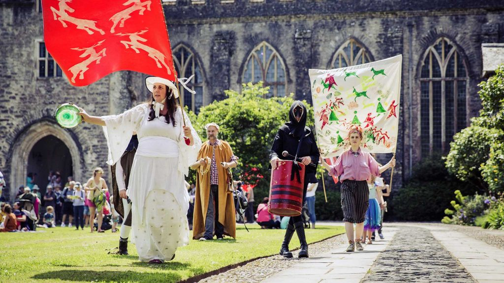 Celebrating Dartington's new Deer Park attraction with a medieval 'Pageant Walk'