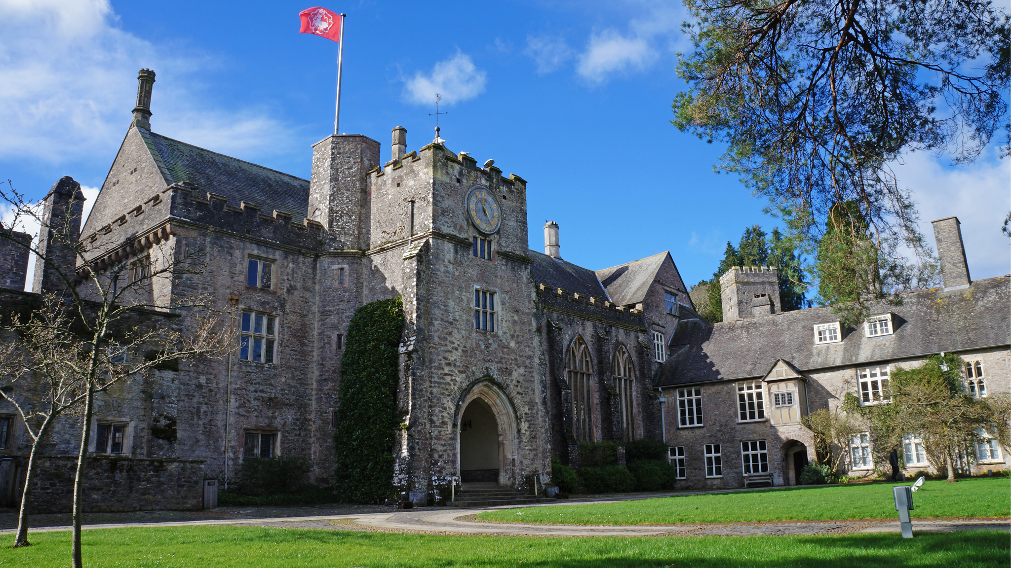 dartington-hall-exterior