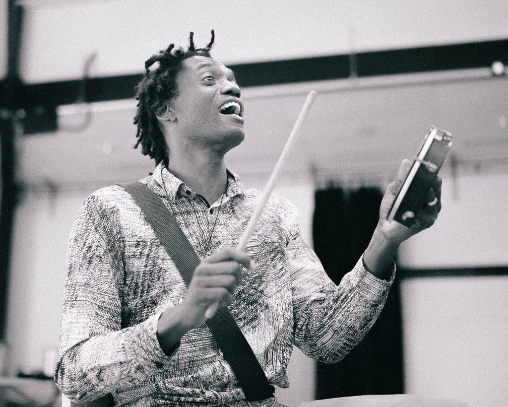 Adriano Adewale rehearsal
