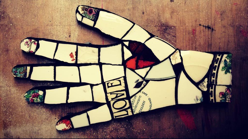 mosaic hand workshop